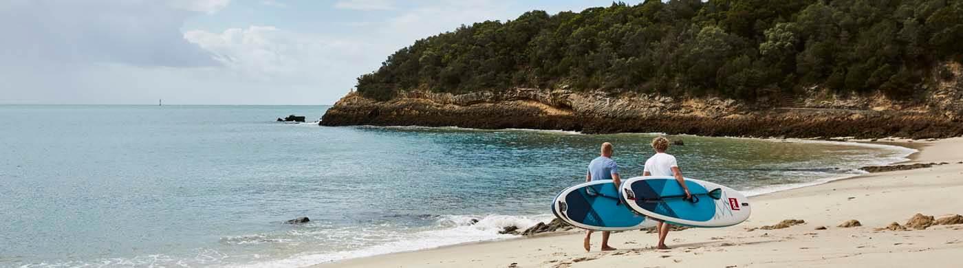 Mit dem Red Paddle SUP Ride an der Küste