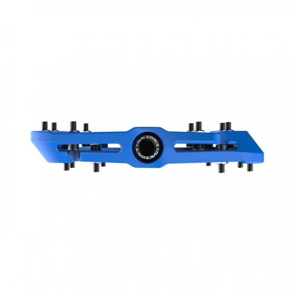 RaceFace_2080140150-pedal-chester-composite-blue_detail3_11395_1281x1280KQGDdzuEUATPH